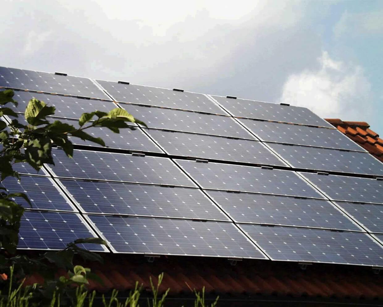 Pannello Solare A Concentrazione : Energia solare vantaggi e svantaggi