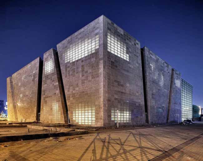 Cemento Trasparente e Luminoso: E' Possibile?