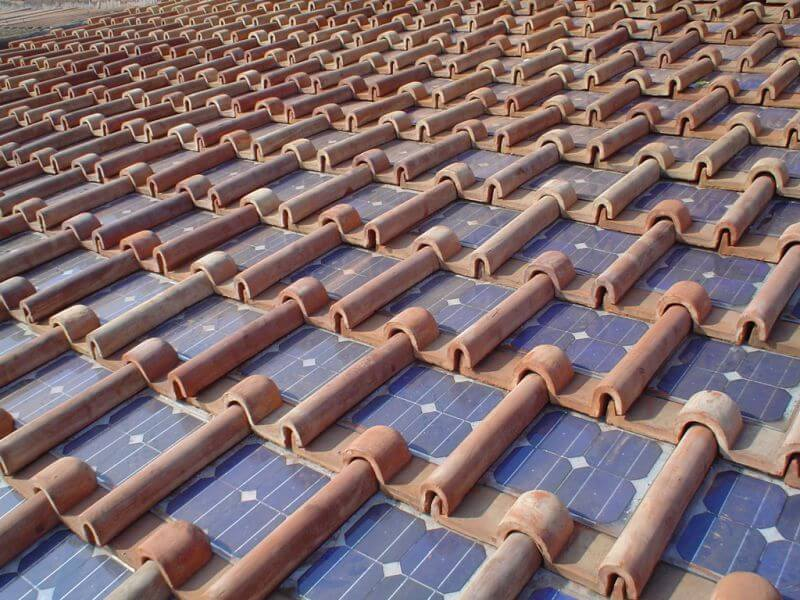 Tegole Fotovoltaiche: il Tetto di Casa ora produce energia!