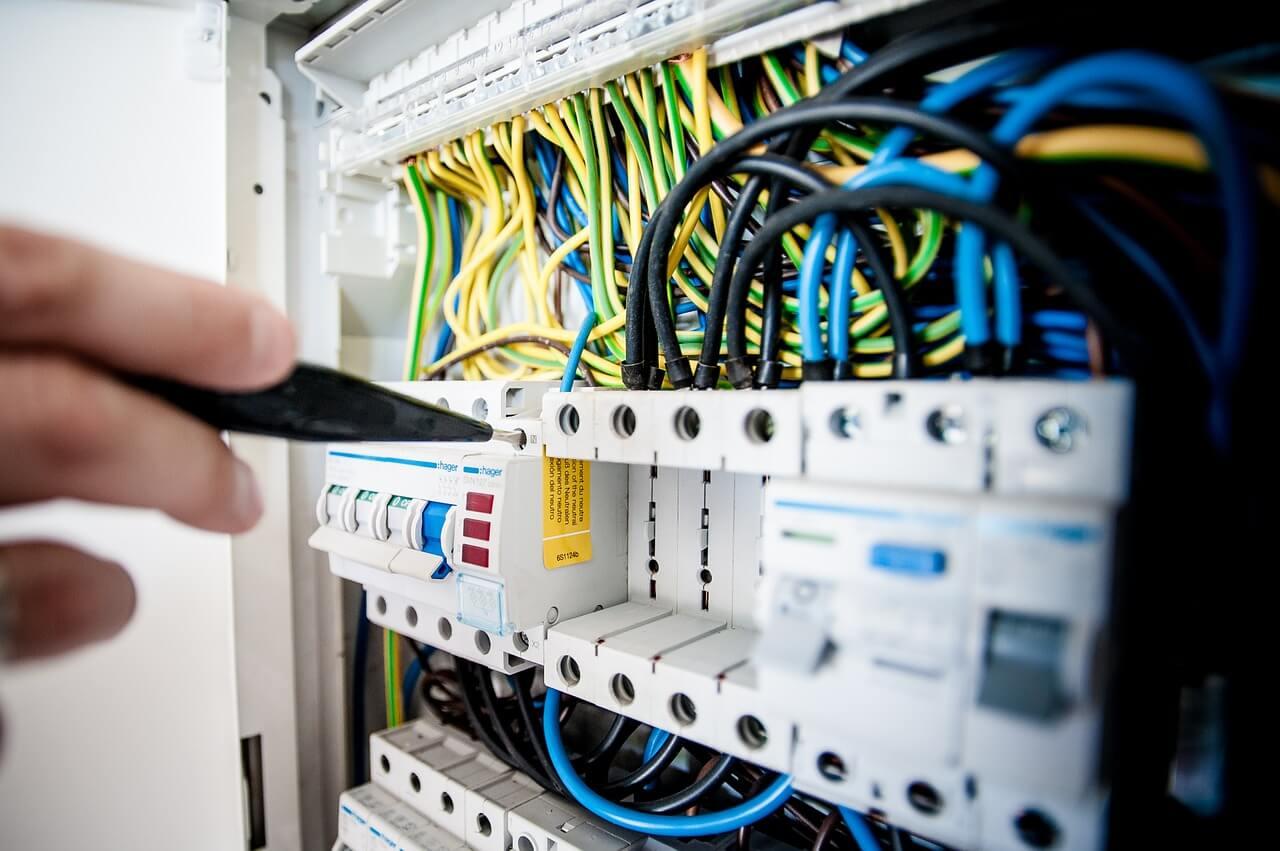 Impianto Elettrico Nuovo: Come Andrebbe Fatto?