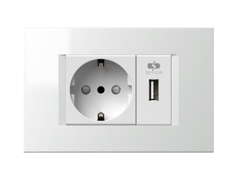 presa elettrica con porta usb