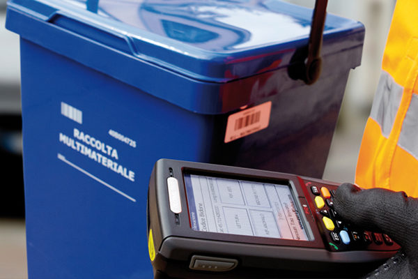 raccolta differenziata con microchip