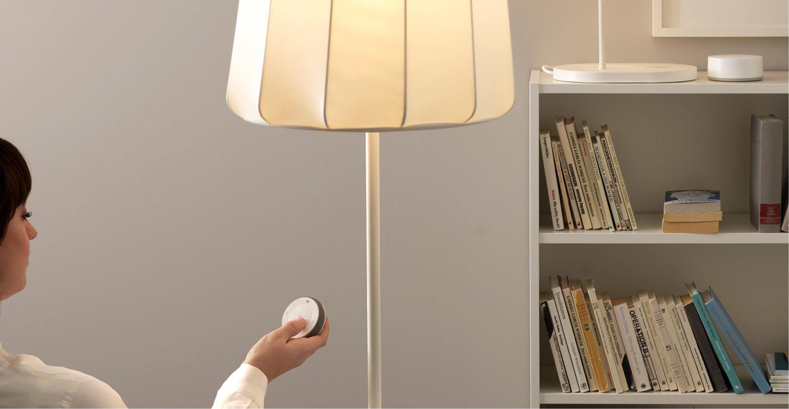 Illuminazione, speaker e wi-fi. Le nuove lampadine LED sono tutto-in-uno.
