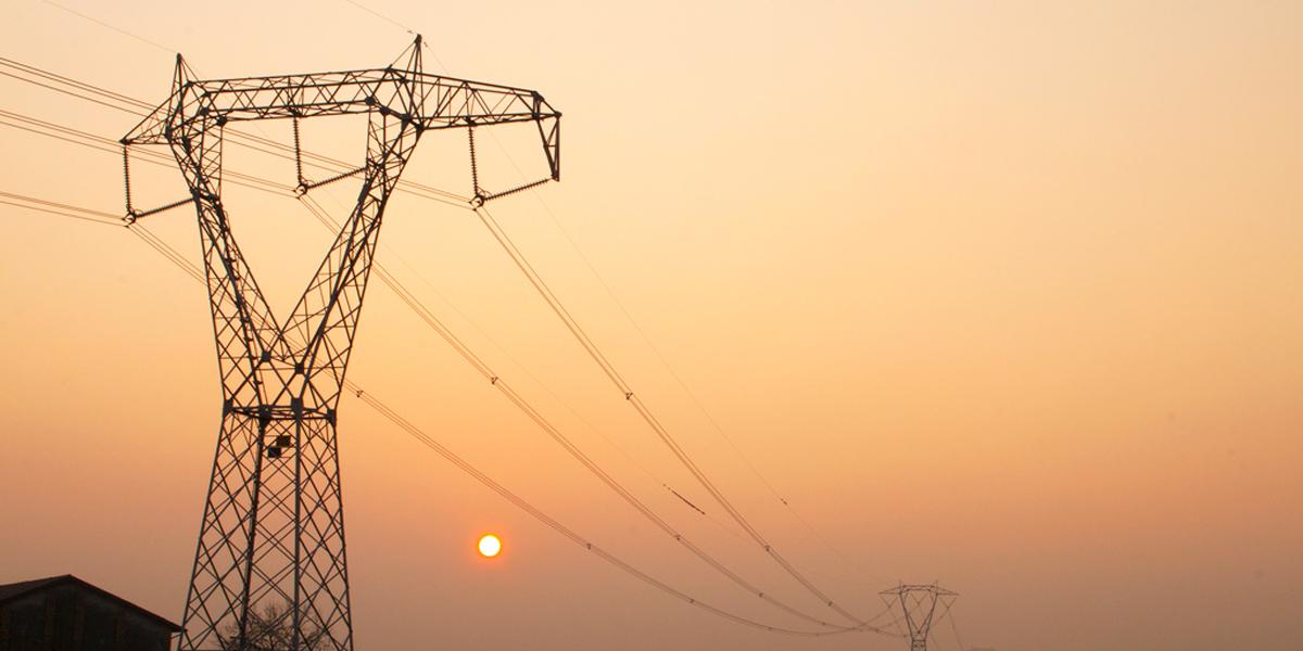 tensione e corrente elettrica