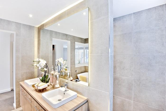 Come illuminare al meglio la vasca da bagno e la doccia