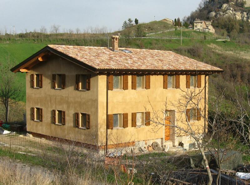 casa di paglia in italia