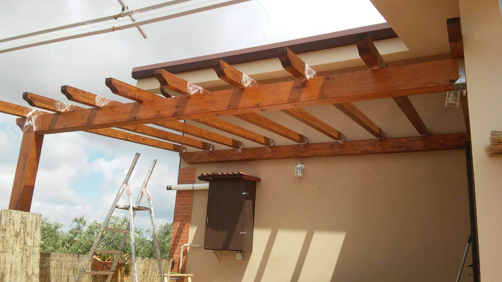 Come costruire un pergolato in legno: consigli e idee