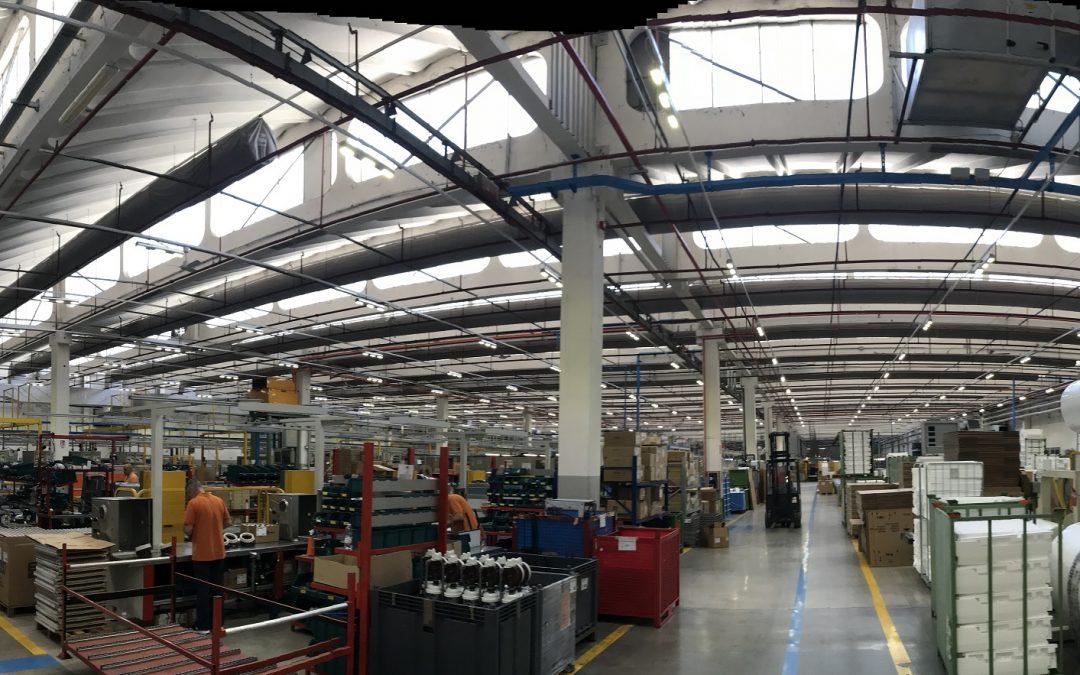 Come illuminare al meglio capannoni industriali?