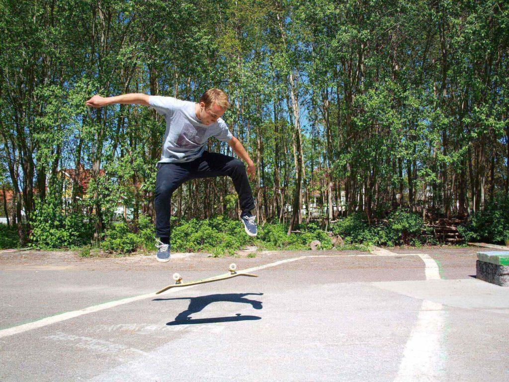 in giro per roma con lo skate